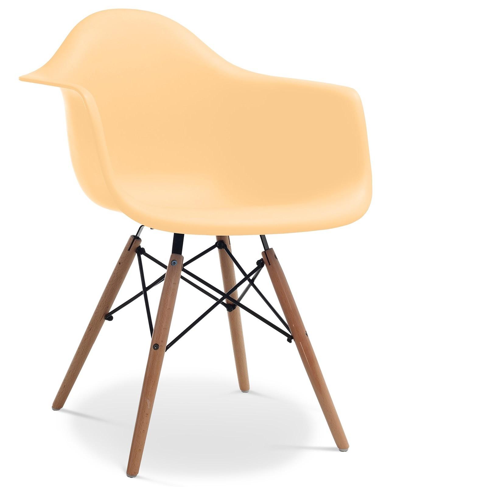 chaise polypropyl ne orange pastel mat et pieds bois clair inspir e daw lot de 2. Black Bedroom Furniture Sets. Home Design Ideas