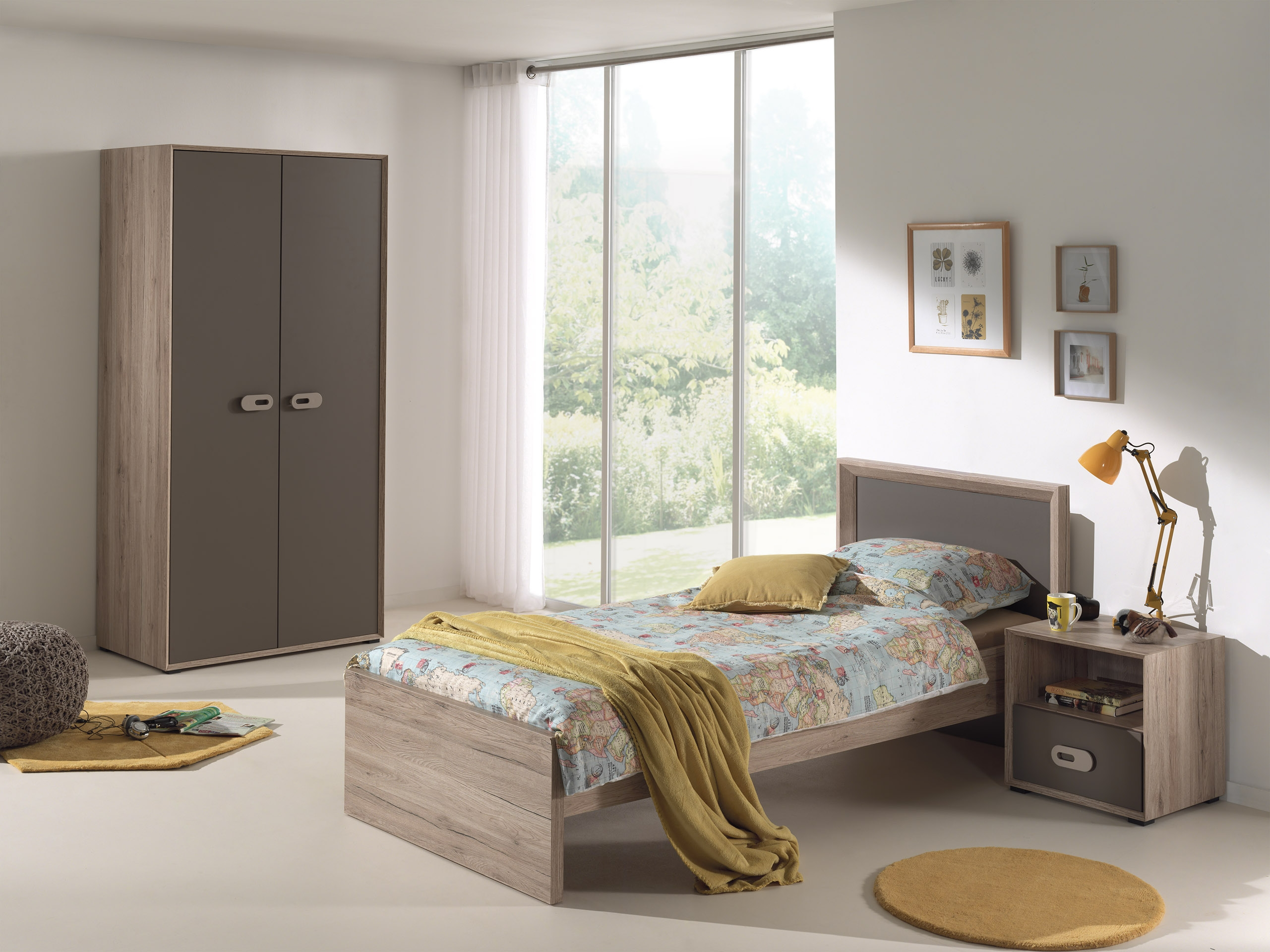 chambre 3 pi ces bois naturel et marron foresta. Black Bedroom Furniture Sets. Home Design Ideas