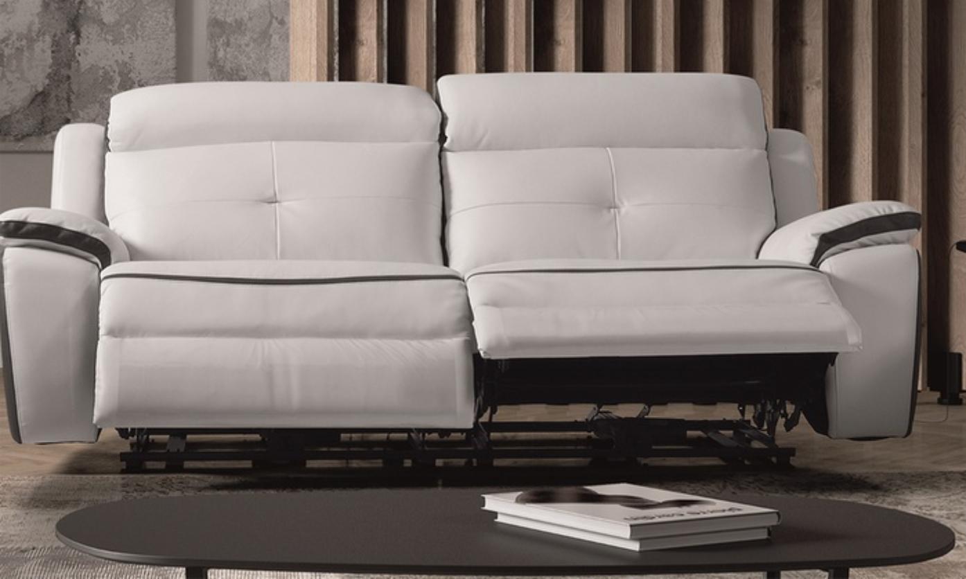 canap de relaxation 3 places lectrique cuir banc et gris corsa. Black Bedroom Furniture Sets. Home Design Ideas