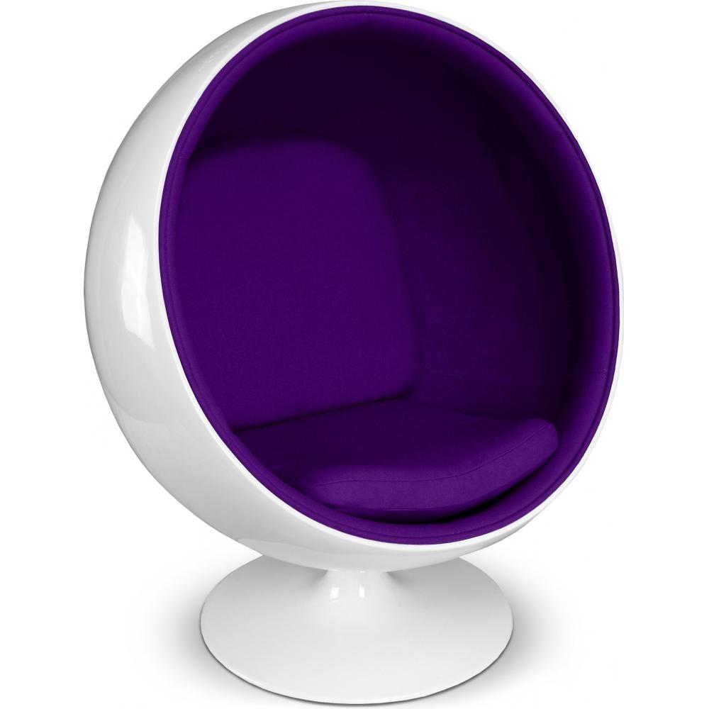 Fauteuil fibre de verre blanc int rieur tissu violet ballon - Fauteuil ballon de foot ...