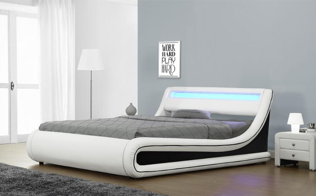lit coffre blanc liser noir simili led 140 klein. Black Bedroom Furniture Sets. Home Design Ideas