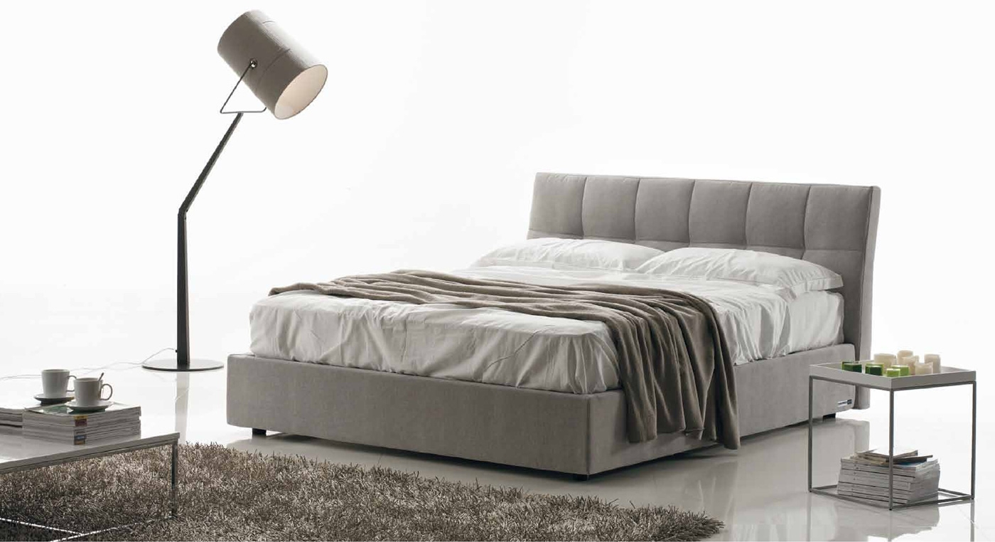 lit coffre gris fashion designs. Black Bedroom Furniture Sets. Home Design Ideas