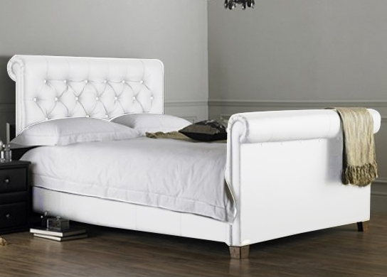 lit capitonn blanc kenta 140. Black Bedroom Furniture Sets. Home Design Ideas