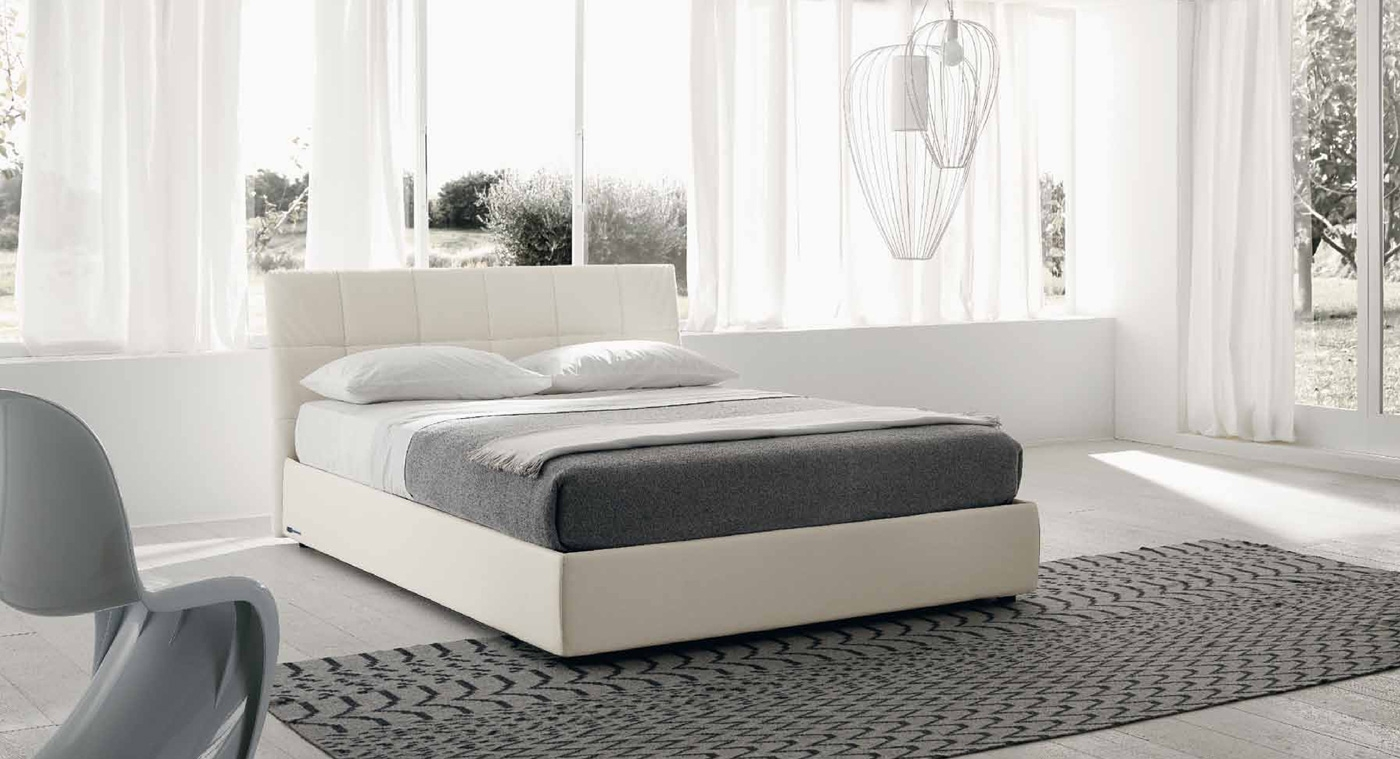 lit moderne avec coffre milan couleur blanc. Black Bedroom Furniture Sets. Home Design Ideas