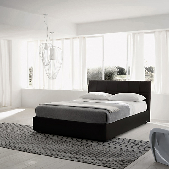 lit tissu noir avec coffre milan. Black Bedroom Furniture Sets. Home Design Ideas