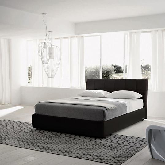 lit tissu noir avec coffre milan. Black Bedroom Furniture Sets. Home Design Ideas