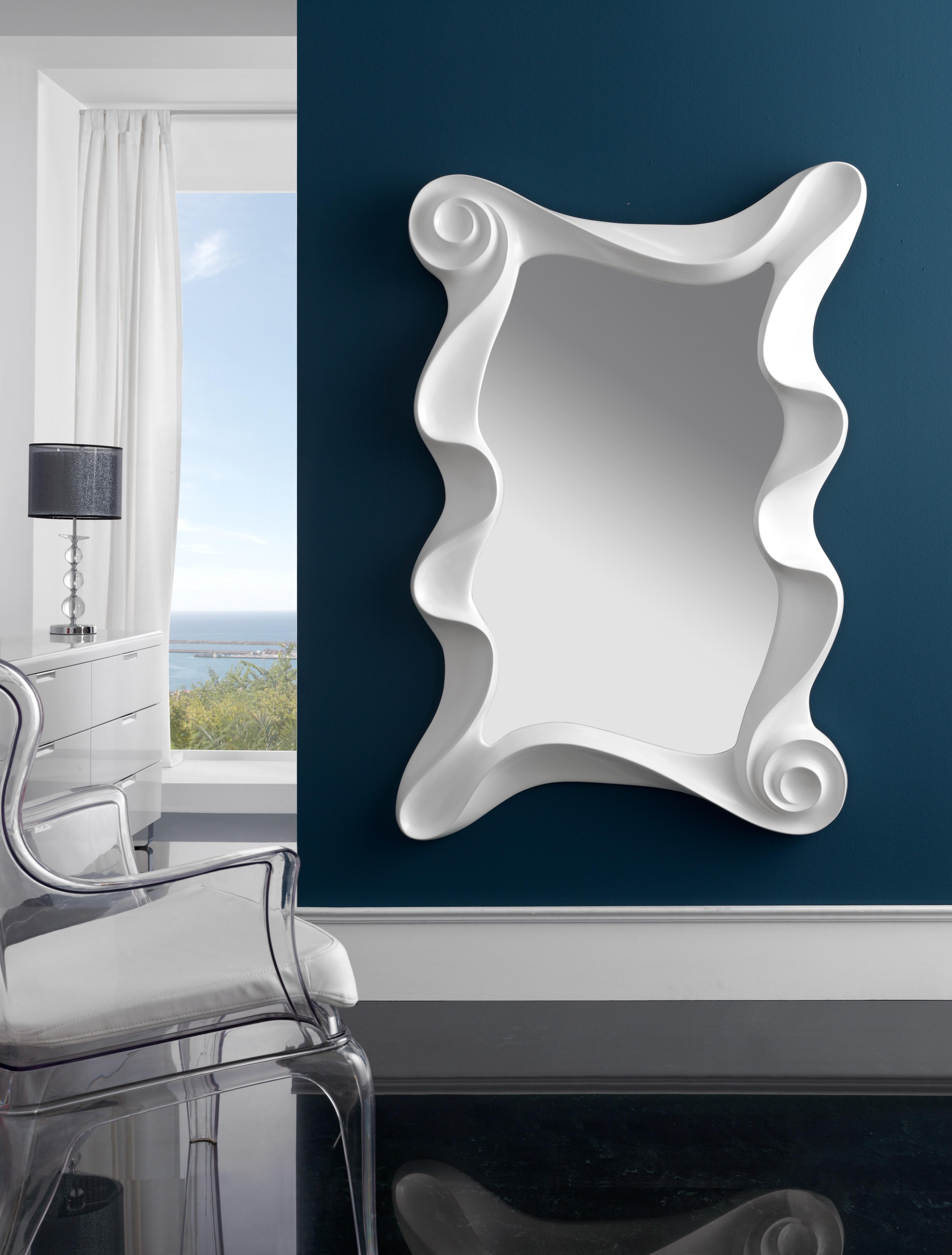 Miroir verticale baroque blanc kabus for Miroir mural vertical