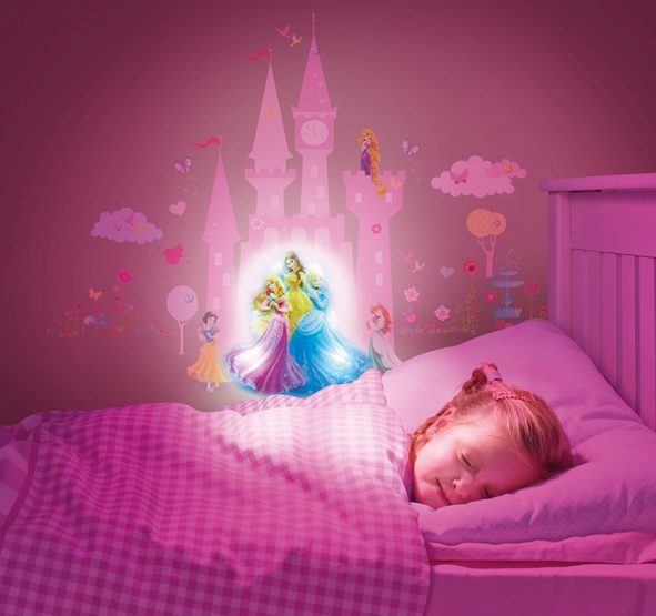 Stickers lumineux princesse disney - Tickers chambre fille princesse ...