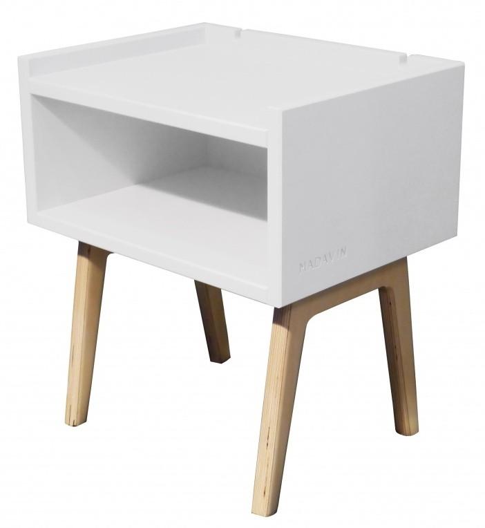 table de chevet laqu blanc et pieds naturel madavin. Black Bedroom Furniture Sets. Home Design Ideas