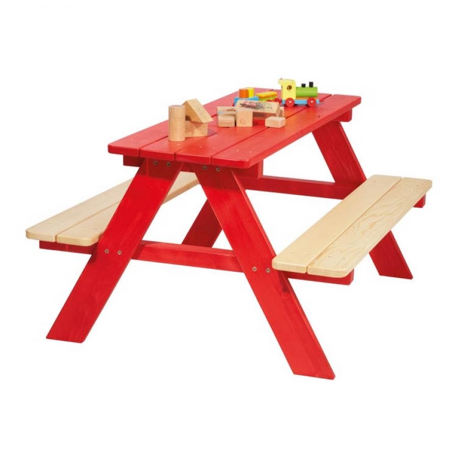 Table enfant nicki 4 places rouge massif pinolino for Table enfant rouge