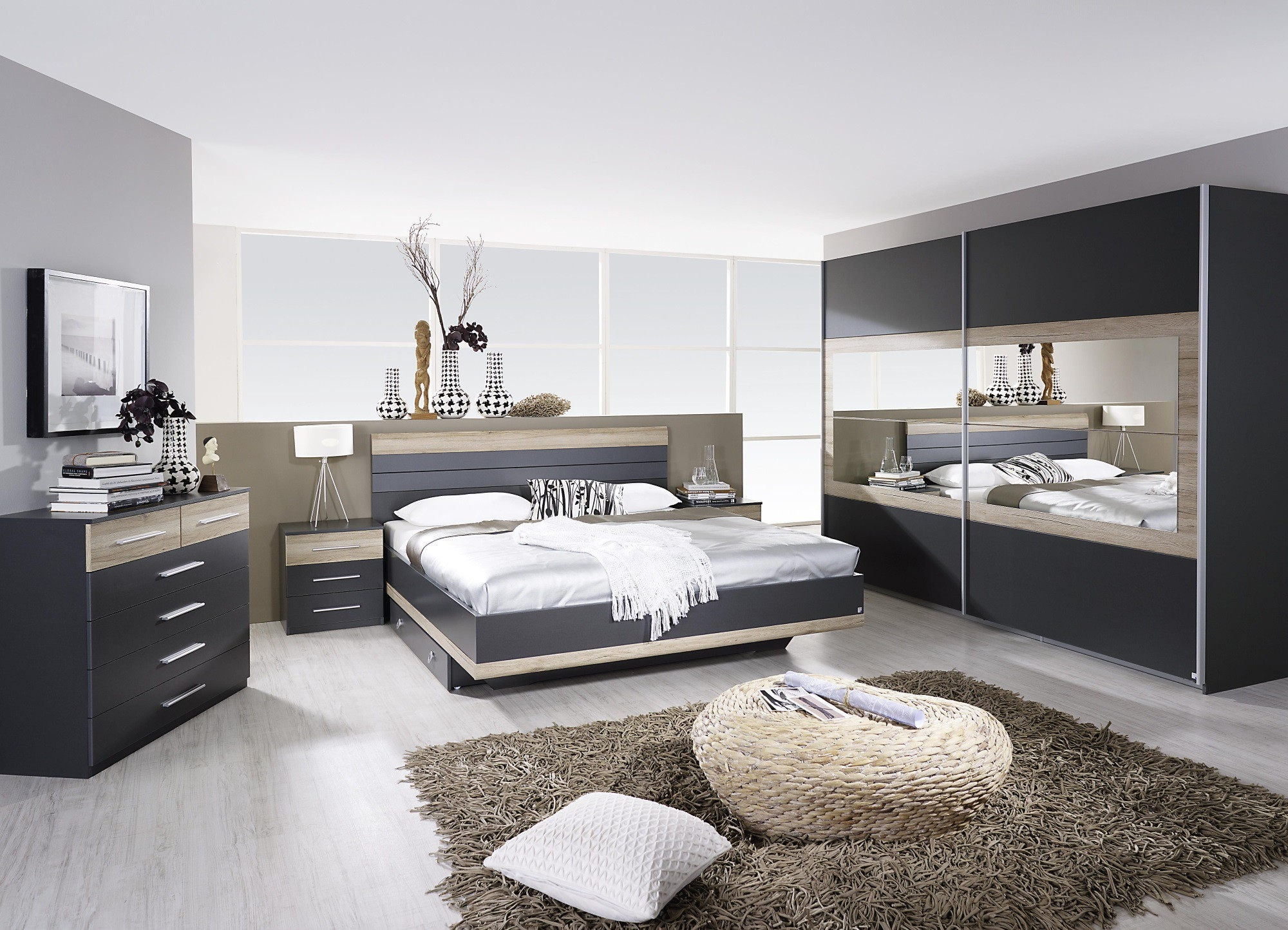 chambre adulte compl te contemporaine gris ch ne clair. Black Bedroom Furniture Sets. Home Design Ideas