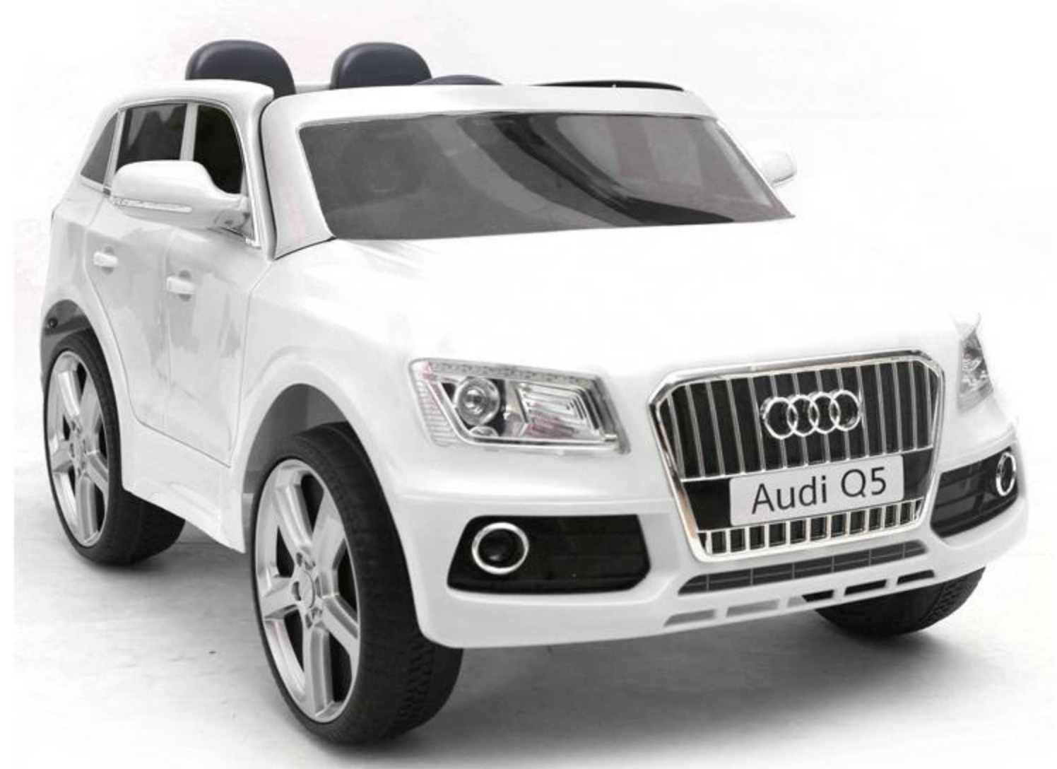 voiture lectrique audi q5 blanc. Black Bedroom Furniture Sets. Home Design Ideas